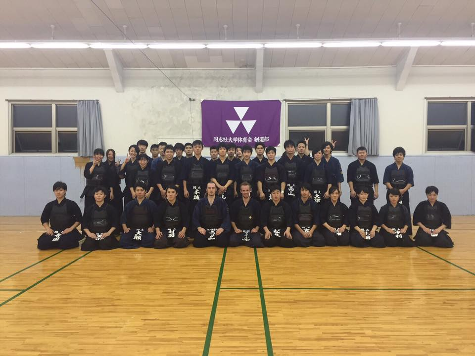 外国人剣士来校(Gests from abroad visited our practice)